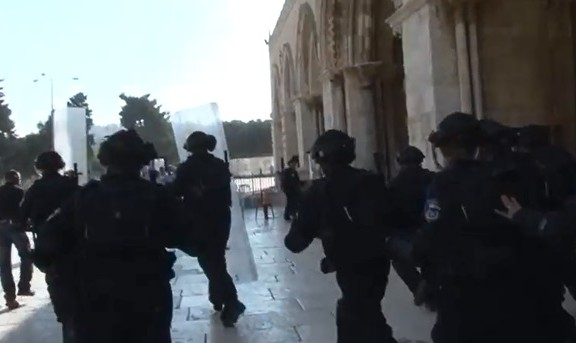 ירושלים בוערת