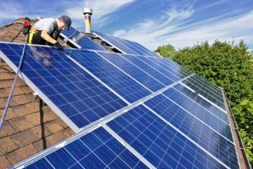 התקנת מערכת אנרגיה ירוקה על  הגג